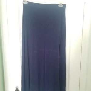 Charlotte russe navy blue maxi skirt. Large